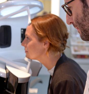 Haut untersuchen mit der Hautanalyse Visia in Köln